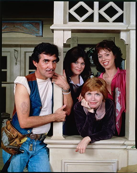 Valerie Bertinelli, Bonnie Franklin, Pat Harrington Jr., and Mackenzie Phillips at an event for One Day at a Time (1975)