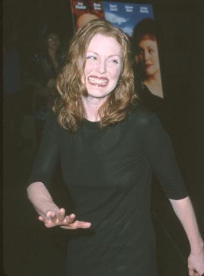 Julianne Moore at An Ideal Husband (1999)