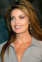 Tracy Scoggins's primary photo