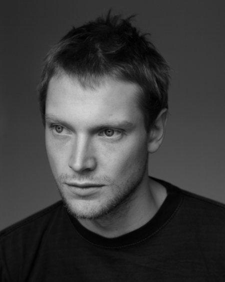 simon woods actor