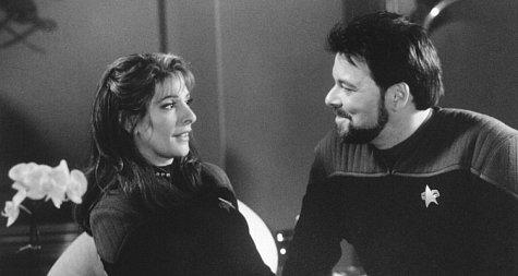 Jonathan Frakes and Marina Sirtis in Star Trek: Insurrection (1998)