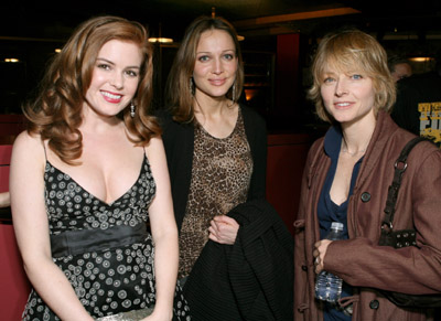 Jodie Foster, Kate Beahan, and Isla Fisher at The Lookout (2007)