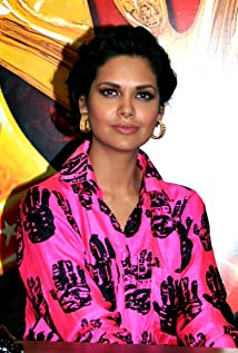 Aktori Esha Gupta