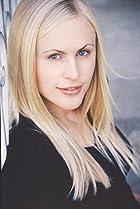 Image of Annie McElwain