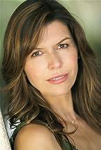 Finola Hughes's primary photo