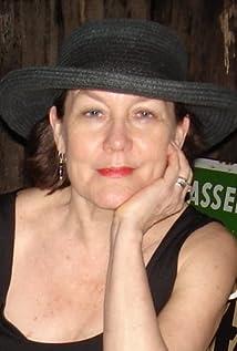 Elizabeth Bove Picture