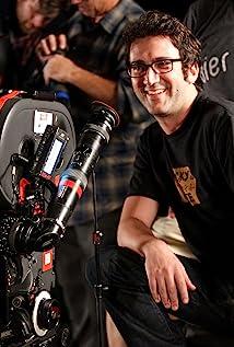 Josh Schwartz Picture