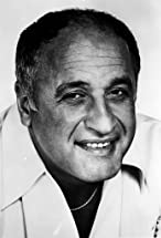 Vic Tayback's primary photo