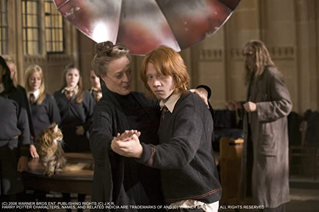 Maggie Smith and Rupert Grint in Harry Potter and the Goblet of Fire (2005)