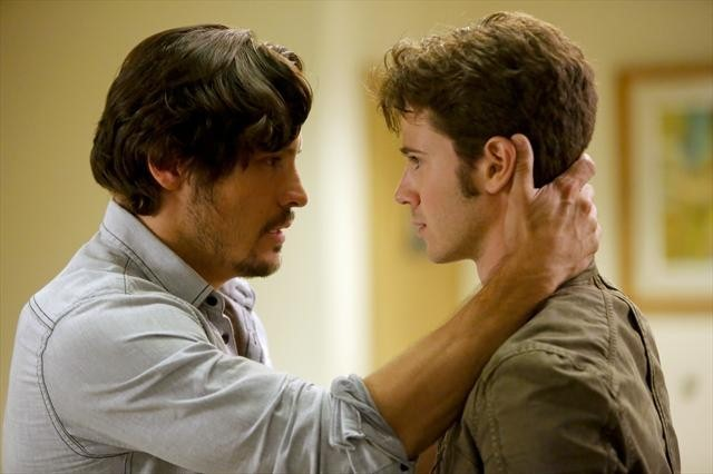 Nick Wechsler and Connor Paolo in Revenge (2011)
