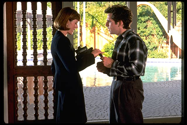 Téa Leoni and Ben Stiller in Flirting with Disaster (1996)