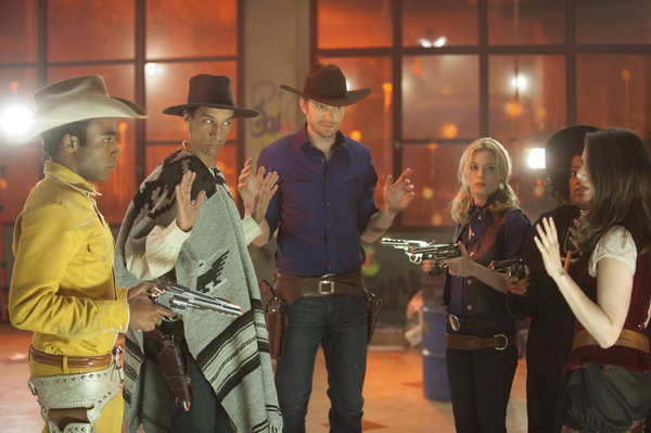 Joel McHale, Yvette Nicole Brown, Alison Brie, Gillian Jacobs, Danny Pudi, and Donald Glover in Community (2009)