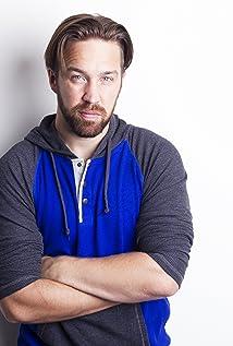 Aktori Dan MacDonald