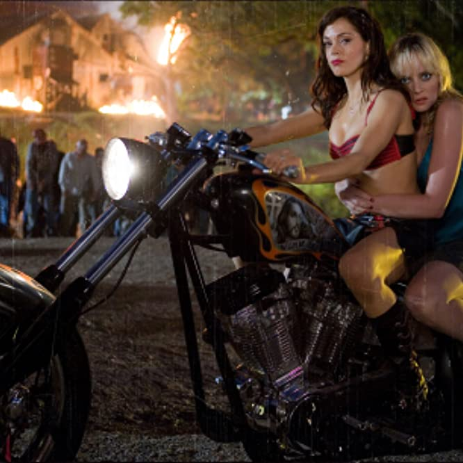 Rose McGowan and Marley Shelton in Grindhouse (2007)