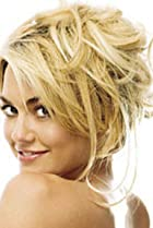 Image of Kelly Carlson