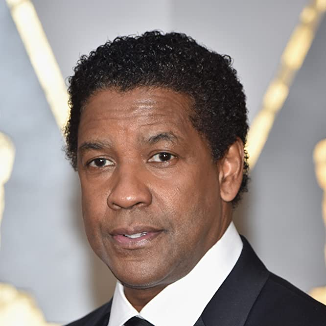 Denzel Washington at an event for The 89th Annual Academy Awards (2017)
