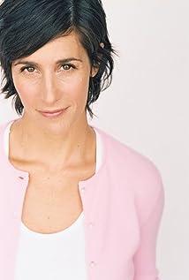 Leslie Cohen Picture