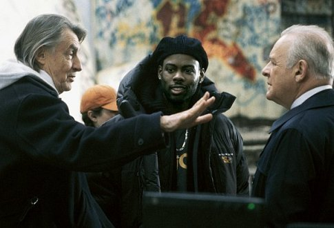 Anthony Hopkins, Chris Rock, and Joel Schumacher in Bad Company (2002)