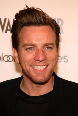 Ewan McGregor at an event for Amelia (2009)
