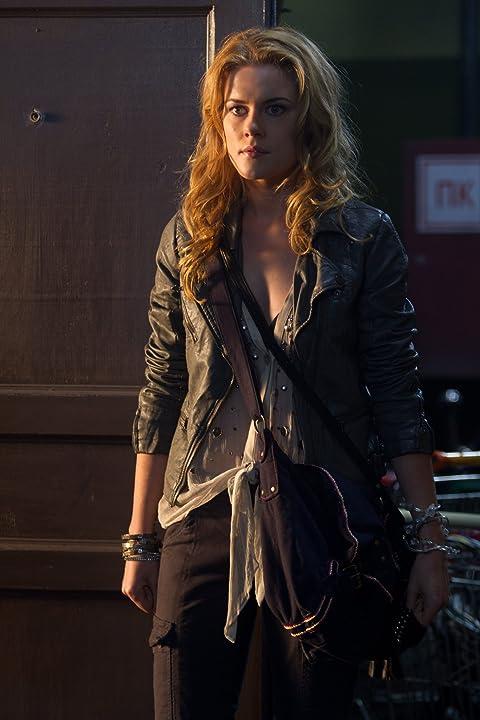 Rachael Taylor in The Darkest Hour (2011)