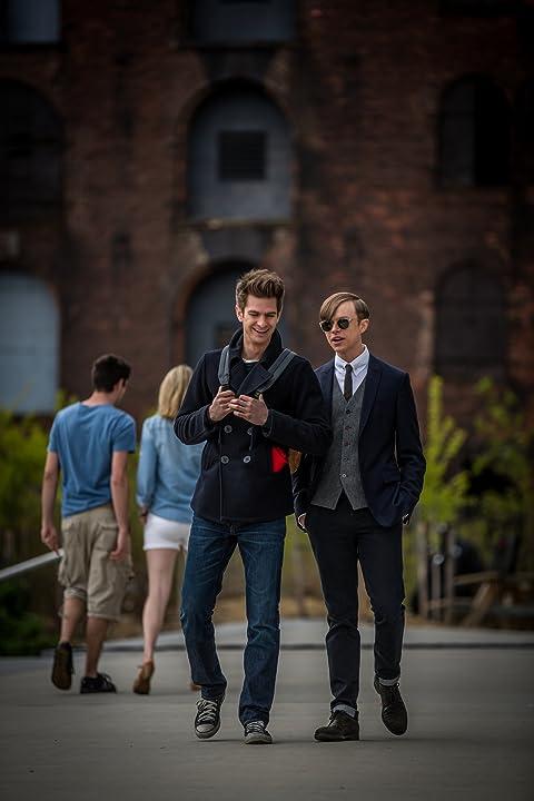 Andrew Garfield and Dane DeHaan in The Amazing Spider-Man 2 (2014)