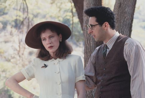 Judy Davis and John Turturro in Barton Fink (1991)