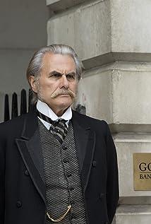 Aktori Oliver Cotton