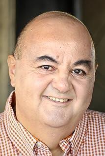 Aktori John Samaha