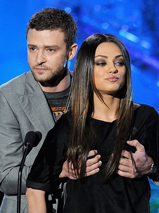 Mila Kunis and Justin Timberlake at 2011 MTV Movie Awards (2011)
