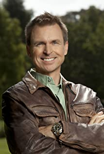 Phil Keoghan Picture