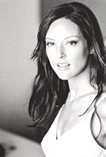 Pictures of Lola Glaudini - Pictures Of Celebrities