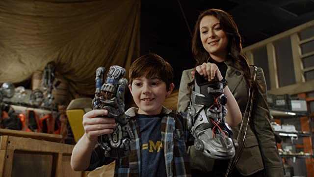 Alexa PenaVega and Mason Cook in Spy Kids: All the Time in the World in 4D (2011)