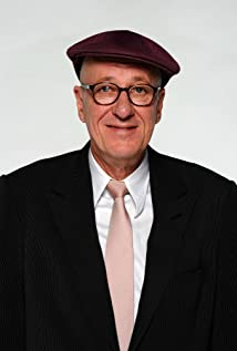 Geoffrey Rush Picture
