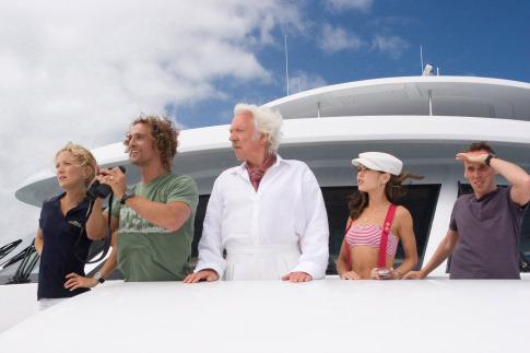 Matthew McConaughey, Donald Sutherland, Ewen Bremner, Kate Hudson, and Alexis Dziena in Fool's Gold (2008)