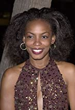 Aunjanue Ellis's primary photo