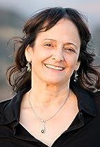 Lisa Pinero's primary photo