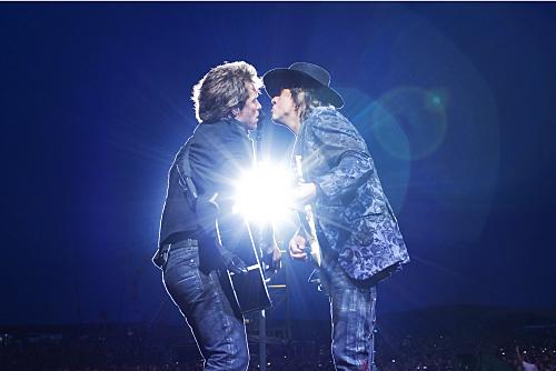 Jon Bon Jovi and Richie Sambora in Bon Jovi: When We Were Beautiful (2009)