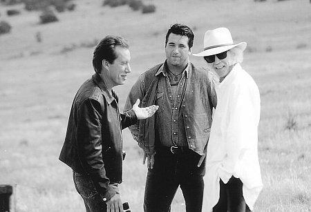 John Carpenter, James Woods, and Daniel Baldwin in Vampires (1998)