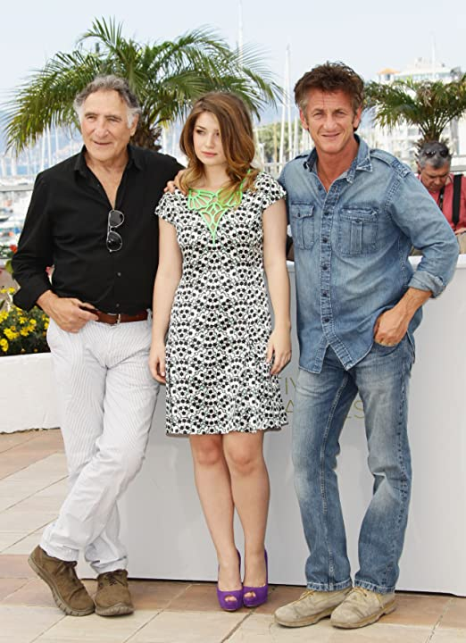 Sean Penn, Judd Hirsch, and Eve Hewson at an event for This Must Be the Place (2011)