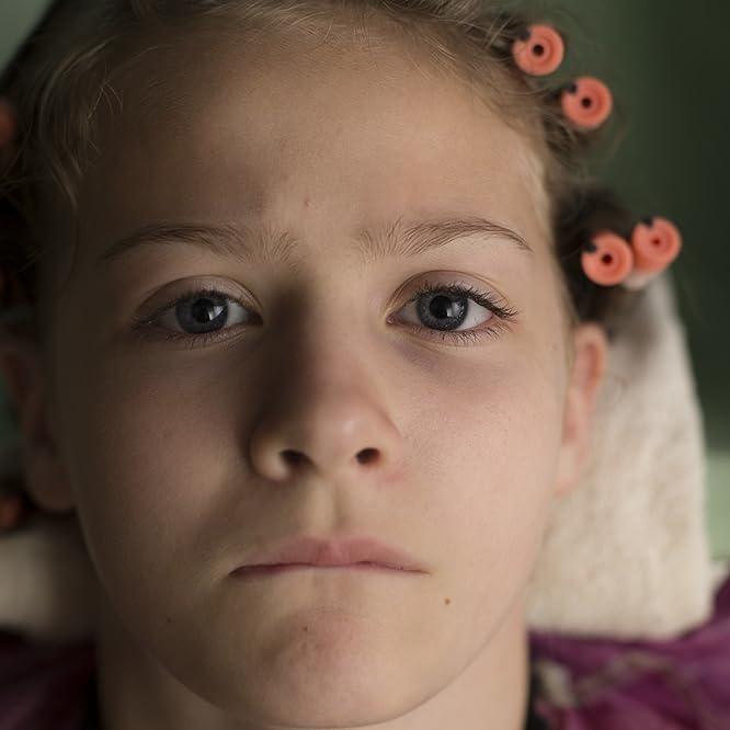 Kira McLean in Permanent (2017)