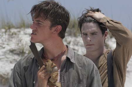 Stewart Carrico (l.) and Bill English during filming for 'The Beach Party at the Threshold of Hell' (2005)