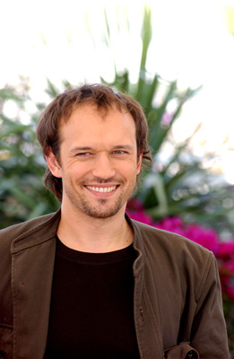 Vincent Perez at Welcome to Switzerland (2004)