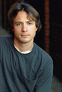 Erik Davies Picture