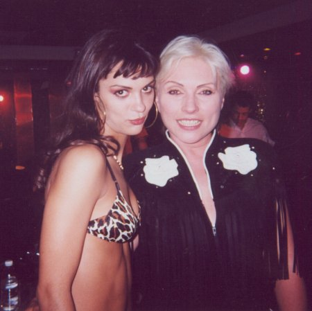 Roxanne Day and Deborah Harry on the set of The Fluffer