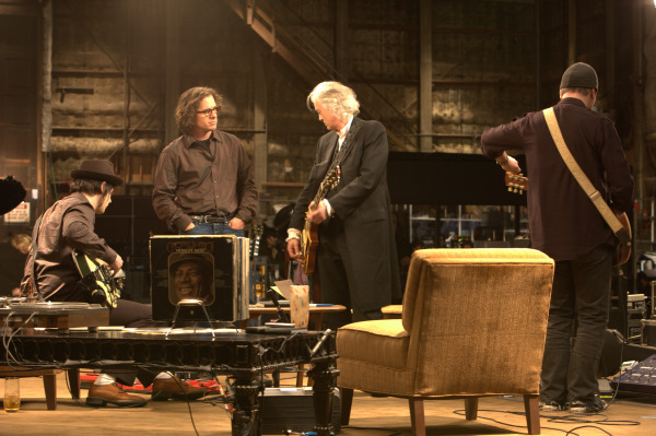 Davis Guggenheim, Jimmy Page, and Jack White in It Might Get Loud (2008)