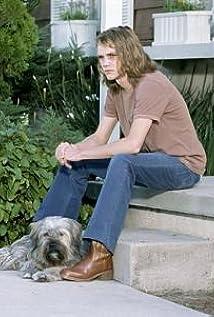 Aktori Nathan Stevens