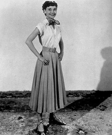 33-203 Audrey Hepburn in