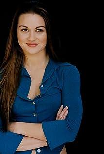 Nicole Rayburn Picture