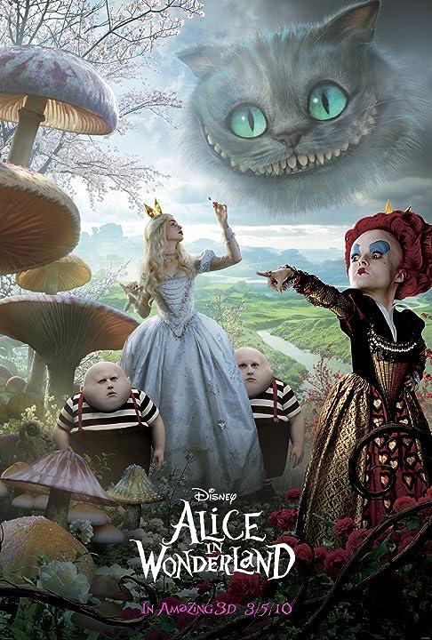 Helena Bonham Carter and Anne Hathaway in Alice in Wonderland (2010)