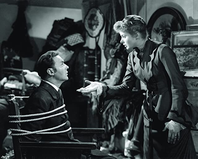 Ingrid Bergman and Charles Boyer in Gaslight (1944)